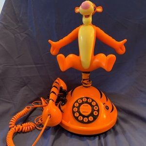 Tigger Talking Animated Telephone by Telemania